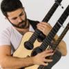 3つのギターが合体したような特殊なギターを引いている人がヤバすぎる!!