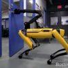 ボストン・ダイナミクス社の四足歩行ロボット「SpotMini」カワイイと話題に!