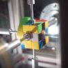 ルービックキューブに挑む高性能マシン!数々の失敗を乗り越えてついに0.38秒を記録!