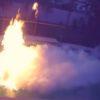 燃えてるプールを液体窒素で消火!消火後のプールがまるで別世界!
