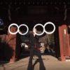 不思議なジャグリングをする日本人!輪っかを使った幻想的な世界!