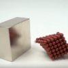 小さな磁石を集めて大きな磁石と衝突させた瞬間のスローモーションが気持ちイイ!