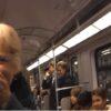 地下鉄の車内で笑いヨガ(Lachyoga)の実験!?笑い声につられて車内が笑いに包まれる幸せな動画!