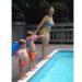 プールの飛び込みをレクチャーされている男の子が直立不動のダイブを見せる!!